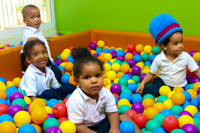 dzieci-zabawa